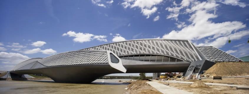 Zaha Hadid Bridge Pavilion Exhibition - Zaragoza. Choromanski Architects